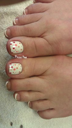 Polka dots, French toes :D