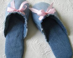Learn How to Make Slippers From Jeans with this helpful tutorial. Once you learn how to make homemade slippers, make them for family and friends. They make great gifts too!