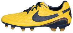 Ronaldinho's signature football boot the Ronaldinho DOIS. Get the lowdown here. Cleats, Football, Nike, Boots, Beautiful, Google, Fashion, Football Boots, Soccer