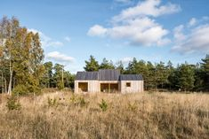 Gallery of Field House / Lookofsky Architecture - 24 Skylight Design, Swedish House, Architecture Photo, House Architecture, Reading Room, Large Windows, Cladding, Modern Farmhouse, Outdoor Structures