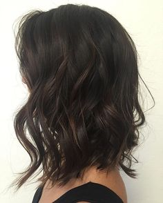 Beach Waves on this pretty bob