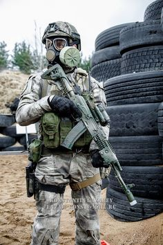 [Military] Russian Special Operations Soldier competing in the 2016 FSB championship.