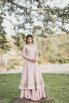 light pink gharara (pakistani type pants with wide gathers all around the lower leg).