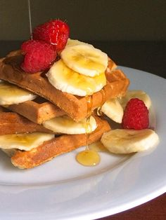 Whole Grain Banana Waffles - The Lemon Bowl