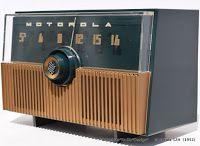 *American*Radio*Design* - Greg Mercurio - Deco-Mid Century, Retro Styled Vintage Tube Radios   : Motorola 52H Mid Century Tube Radio manufactured i...
