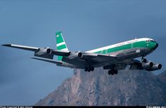 Boeing 707-351B aircraft picture Pacific Airlines, Best Airlines, Aircraft Images, Aircraft Pictures, Illinois, Boeing 707, Airplane Photography, Cathay Pacific, Air Photo