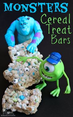 Monsters Cereal Treat Bars --frightfully easy and scary good! Halloween party or classrom treats Monster Inc Birthday, Monster Inc Party, Monster High, Cereal Treats, Rice Krispie Treats, Monster University Party, Disney Food, Disney Desserts, Disney Pixar