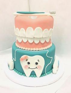 Dentist School Graduation Cake - Another! Beautiful Cakes, Amazing Cakes, Fondant Cakes, Cupcake Cakes, Dental Cake, Cake Paris, Doctor Cake, Tooth Cake, Birthday Cakes