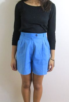 The Mall. Vintage Renewals. Blue High Waisted Shorts with a Pleated Waist. Size Small