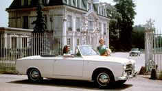 Peugeot 403 Cabriolet (1957) (Gran) Touring at the hands of the earliest Pininfarina lines of open sky. Also, have a wonderful Monday!