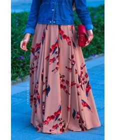 Annah Hariri, Online, Modest clothing atelier of high end quality Hijabi Girl, Cute Girl Photo, Islamic Clothing, Modest Outfits, Girl Photos, Cute Girls, Gowns, Maxis, Stylish
