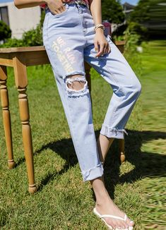 Styleonme_We Run Together Destroyed Baggy Jeans . . #styleonme_global #fashion #instagood #picoftheday #photooftheday #style #ootd #mixandmatch #shopping #instadaily #instafashion #selfie #fashionstagram #kstyle #kfashion #koreanlook #koreandaily #koreanfashion #kbeauty #followme #like4like #dailylook #styleonme #classy #koreanfashion #fashionkorea #ontrend #newarrivals #transitionalclothing #kdramafashion #ss21 #baggyjeans #destroyedjeans #summerjeans #frayedjeans Skirt Pants, Jeans Pants, Mom Jeans, Korean Look, Summer Jeans, Destroyed Jeans, Korean Women, Daily Look, Korean Fashion