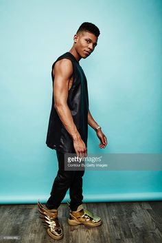 Actor and singer Bryshere Y. Gray poses for a portrait at the 2015 Billboard Music Awards on May 2015 in Las Vegas, Nevada. Fine Black Men, Black Man, Celebrity Couples, Celebrity News, Empire Cast, Billboard Music Awards 2015, Most Popular Tv Shows, Lesbian Outfits, Famous Twins