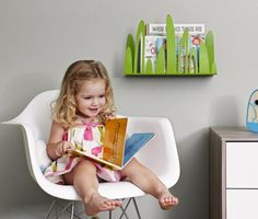 I heart boon.  Look at this adorable Turf Front-Facing Bookshelf