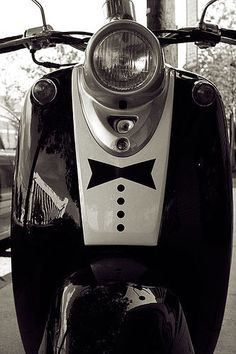 Tuxedo Vespa..for a ride to the ball.