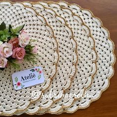And Lovely Crochet Ideas With Knitting Patterns - Latest ideas information Crochet Doily Rug, Crochet Placemats, Crochet Dollies, Knit Crochet, Knitting Patterns, Crochet Patterns, Crochet Kitchen, Lace Doilies, Vintage Crochet