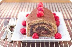 raw chocolate raspberry roulade