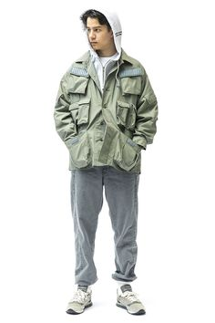 WTAPS' Collection Tweaks Casual American Staples With Utilitarian Designs: From thick fur jackets to quilted BDU pants. Combat Shirt, Foto Pose, Field Jacket, Half Zip Pullover, Look Cool, Streetwear Fashion, Black Tops, Winter Fashion, Street Wear