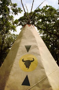 Teepee by photographyguy, via Flickr