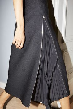 The Resort 2019 skirts transform into versatile silhouettes: Zippers turn the wool pencil skirt into an A-line while revealing set in pleats. skirt skirt skirt skirt outfit skirt for teens midi skirt Mode Outfits, Dress Outfits, Fashion Dresses, Fashion Clothes, Fashion Details, Fashion Tips, Fashion Design, Fashion Trends, Fashion Websites