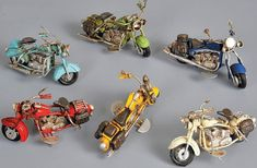 Harley Davidson style motorbike tin toy by BaptismSupplies on Etsy Harley Davidson Seats, Harley Davidson Motorcycles, Antique Toys, Vintage Toys, Christening Favors, Tin Toys, Classic Toys, Fire Trucks, Unique Vintage