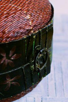 vintage steamer basket, China
