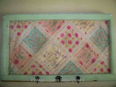 12 Projects For Vintage Linens Repurposed Usually you use the vintage bedding for a very special purpose, but once it's … Old Quilts, Vintage Quilts, Vintage Linen, Vintage Bedding, Quilt Display, Quilt Storage, Quilting Frames, Vintage Crafts, Diy Craft Projects