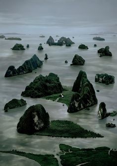 Andreas Gursky, James Bond Island II, 2007 @ Landscape in my Mind Andreas Gursky, World Photography, Aerial Photography, Outdoor Photography, Beautiful World, Beautiful Places, James Bond Island, Concours Photo, Photoshop