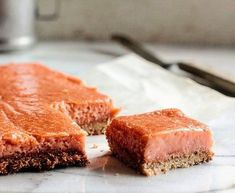 Rhubarb season is on the horizon here in MN! These Rhubarb Ginger Bars are on the top of my baking list. Recipe in blog archives & linked in stories!