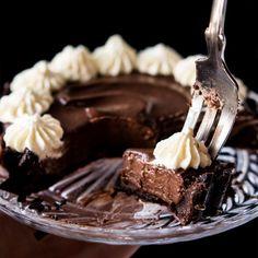 Paleo, Vegan & Keto French Silk Pie For-1 🍫 No-Bake & Ultra-Chocolatey! #keto #ketodesserts #healthyrecipes #paleo