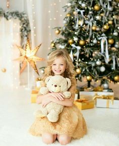 25 Ideas baby pictures props christmas cards for 2019 Winter Family Photos, Family Christmas Pictures, Christmas Photos, Christmas Mini Sessions, Christmas Minis, Christmas Photo Cards, Newborn Christmas, Christmas Baby, Vintage Christmas