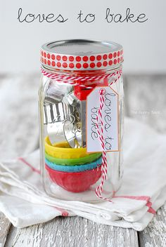 Loves To Bake Mason Jar Gift Idea