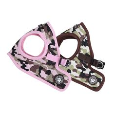 The Puppia Legend Vest Harness is a lightweight jacket style dog harness from Puppia's Spring line featuring a stylish pink or brown camouflage pattern. To use, have your dog step into the harness and then secure it at the back with the quick-release buck