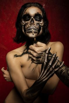 """Let your love be all about you... ...think impossible""  State pronti a rivoluzionare il mondo dei matrimoni! Novità a brevissimo! Stay tuned! Follow us!  Model: @amanda.yr  Ph: @reflexstudio  Make-up&BodyPainter: @carolafasce  #wedding #weddingplanner #bridal #bride #model #modelig #beautiful #beauty #love #lovemyjob #skin #body #photooftheday #picoftheday  #skull #skulls #skullart #skullwedding #inkwedding #inkedwedding #inked #tattoo"
