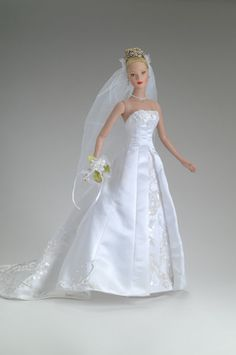 Shea's Wedding Day - Special Edition  Collector's United: Commemorated wedding of Dian and Gary Green's daughter; gown based on full-size gown designed by Robert Tonner