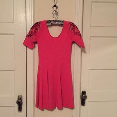 Free People dress Such a perfect summer dress! 10/10 condition no signs of wear at all. Beautiful embroidered sleeves Free People Dresses Mini