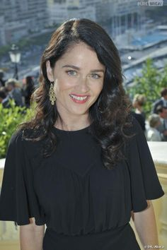 Robin Tunney. I would eat her soul
