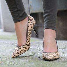Stilettos de piel en leopard print, irresistibles!!!  (@Coco et La vie en rose)