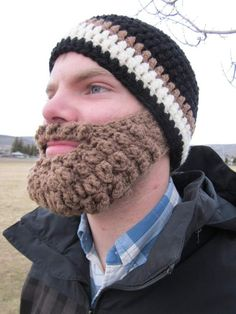 mountain man hat.. awesome.  I need to learn how to crochet just to make one of these for hubby!!