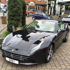Ferrari California T                                                                                                                                                                                 Mais