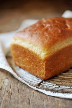 #vegan brioche recipe. options for loaves, mini-loaves, buns/rolls, and waffles!