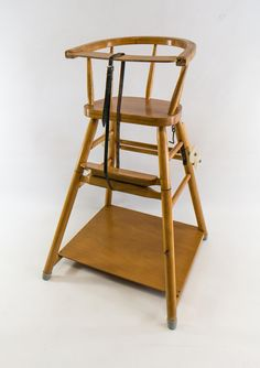 retro DDR Museum - Museum: Objektdatenbank - q - Ddr Museum Berlin, Grace Home, Nostalgia, Drawing Interior, Baby Chair, Ladder Bookcase, Everyday Objects, Baby Room Decor, Ikea Hack