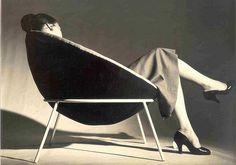 thedoppelganger:    Bowl Chair,Lina Bo Bardi, 1951