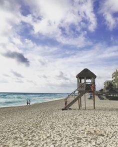 Lifeguard tower #cancun #mexico