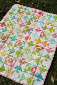 """FREE quilt pattern: """"Kissy Fish Baby Quilt"""" (from Freshly Pieced)"""