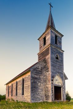 © Nicole S. Young    http://nicolesyblog.com/2012/07/12/old-church-in-milford-nebraska/#