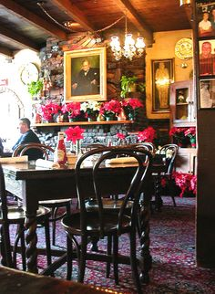 The most popular British restaurant in Los Angeles is 'Ye Olde Kings Head' in Santa Monica.