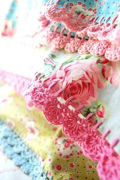 I want to learn how to do this to dress up my pillow cases... Vintage style, with love!  #FlowerShop