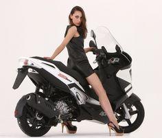 Aprilia SR Max sports scooter is here