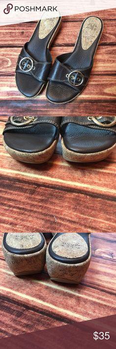 "{Alex Marie} 2"" wedge leather sandals Zs 8.5. Cut & cushy brown leather {Alex Marie} sandals. 2""wedge, size 8.5. Nearly new condition! Alex Marie Shoes Sandals"
